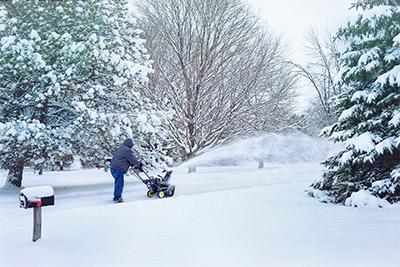 MaechlerGarten Service Schnee räumen